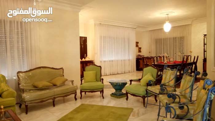 Luxury 700 sqm Villa for rent in AmmanAl Rabiah