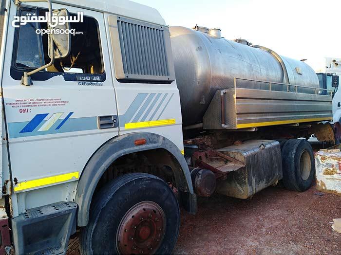 شاحنة شفط مجاري 190 للبيع