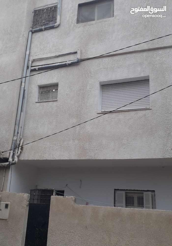 منزل متكون من ثلاث طوابق +21655683613