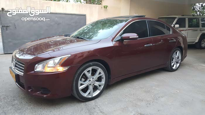 Used condition Nissan Maxima 2010 with 0 km mileage