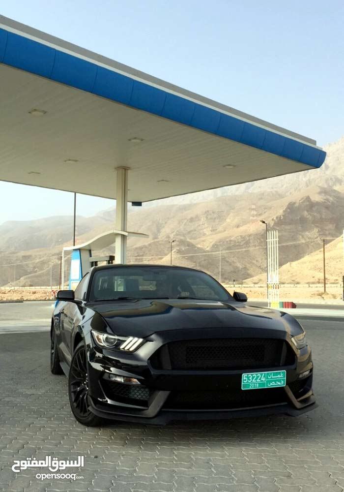 Black Ford Mustang 2015 for sale