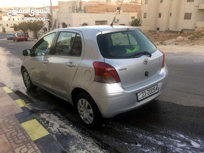 For sale Used Yaris - Manual