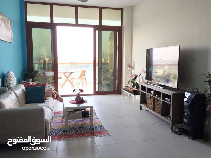 Waterfront/Seaview Fully Furnished Studio in Palm Jumeirah for Monthly Rental