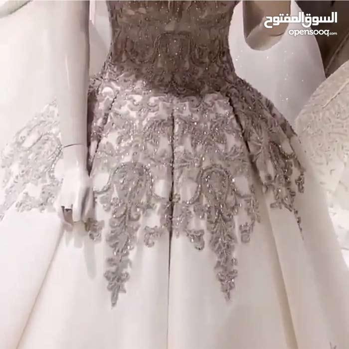 فستان عروس موديل تركي 2018 تفصيل خاص للمصمم ( نظير القاسمي ) موديل خاص للبيع