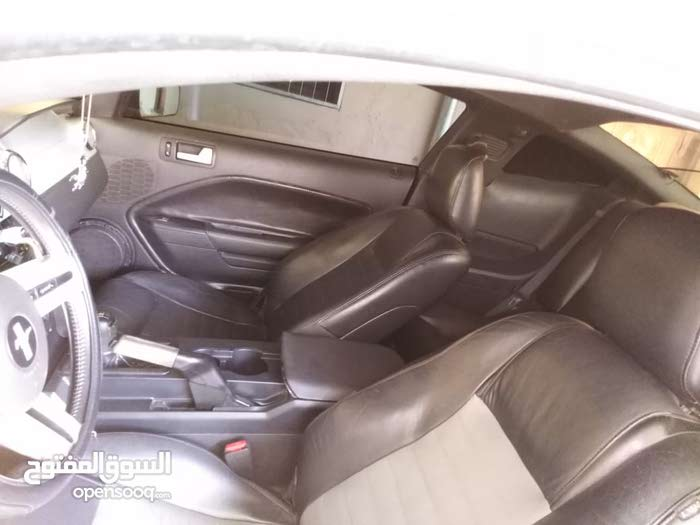 Manual Ford 2006 for sale - Used - Muscat city