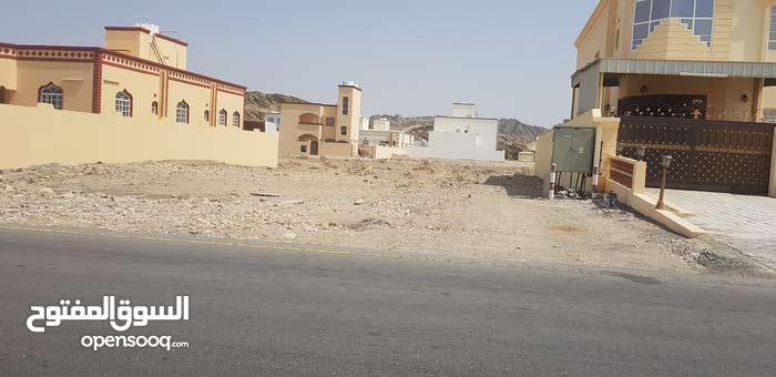 أرض للبيع في العامرات في مدينة النهضة