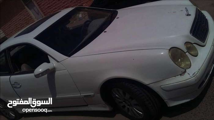 Automatic Mercedes Benz 1998 for sale - Used - Mubarak Al-Kabeer city