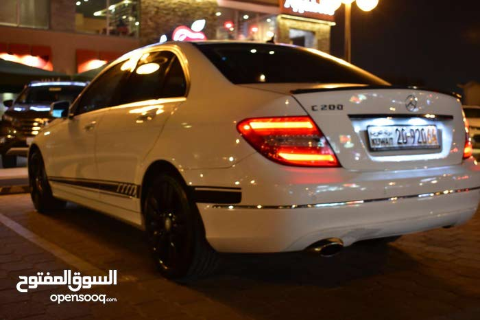 Mercedes Benz C 200 car for sale 2013 in Hawally city
