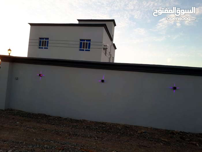 Villa for sale with 5 rooms - Al Masn'a city Al Masn'a
