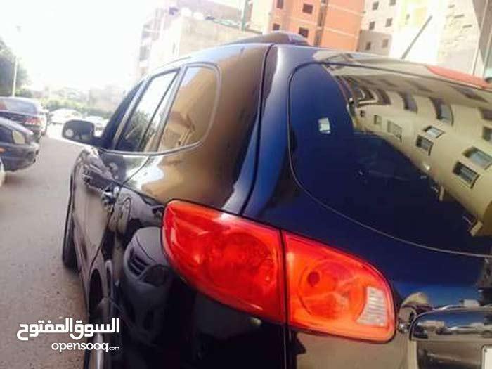 For sale Hyundai Santa Fe car in Misrata