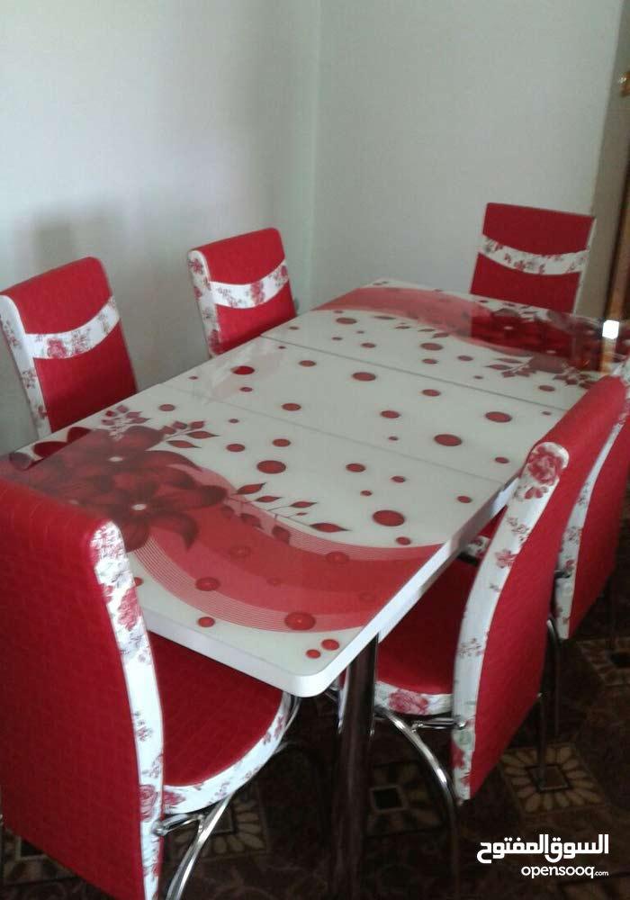 طاولة سفره تركي مع 6 كراسي الالوان متعدده