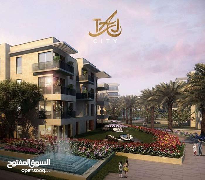 شقة 180 متر للبيع بكمبوند راقى بالقاهرة الجديدة بالتقسيط حتى 10 سنوات