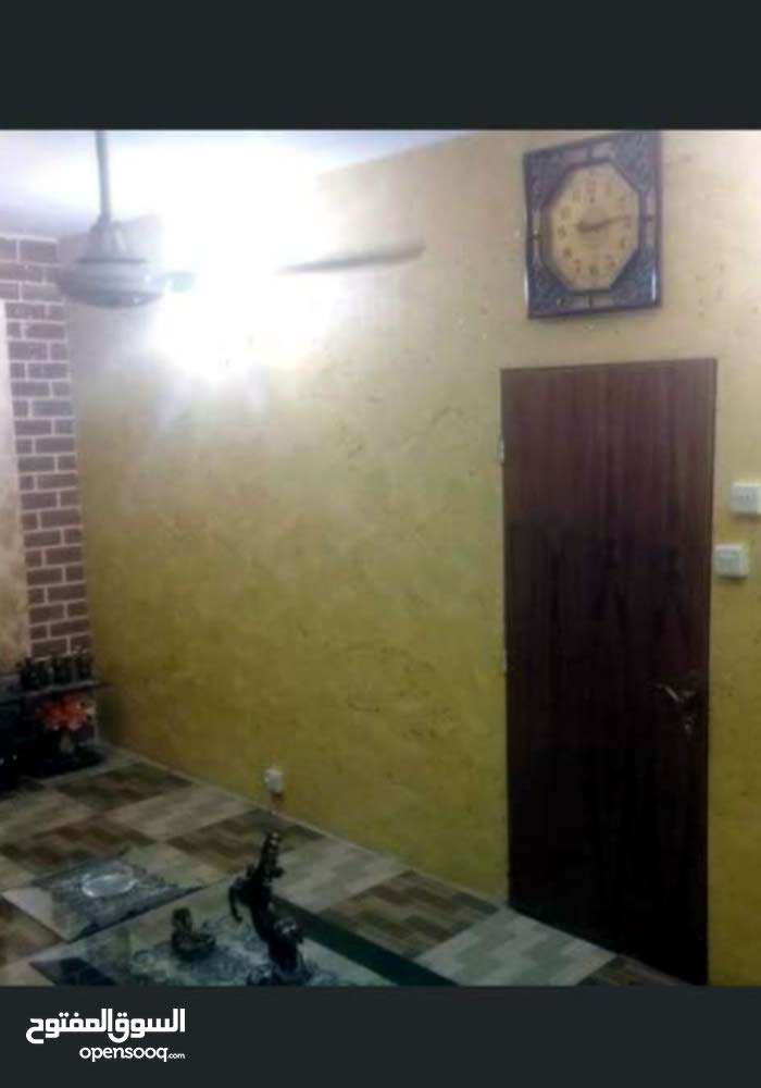 apartment in building 10 - 19 years is for sale Basra