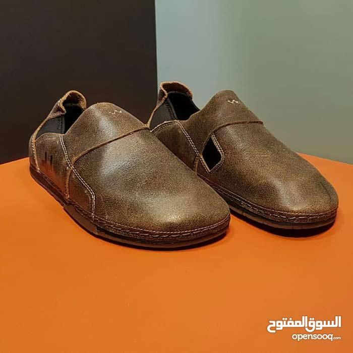 حذاء otz جديد . جلد طبيعي