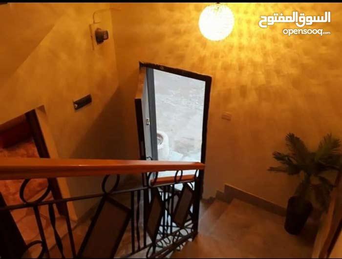 ڤيلا ف قرجي امام السفارة العراقية