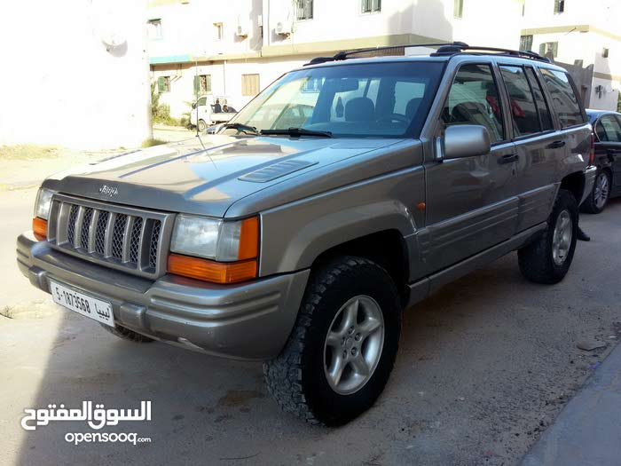 Available for sale! +200,000 km mileage Jeep Grand Cherokee 1998