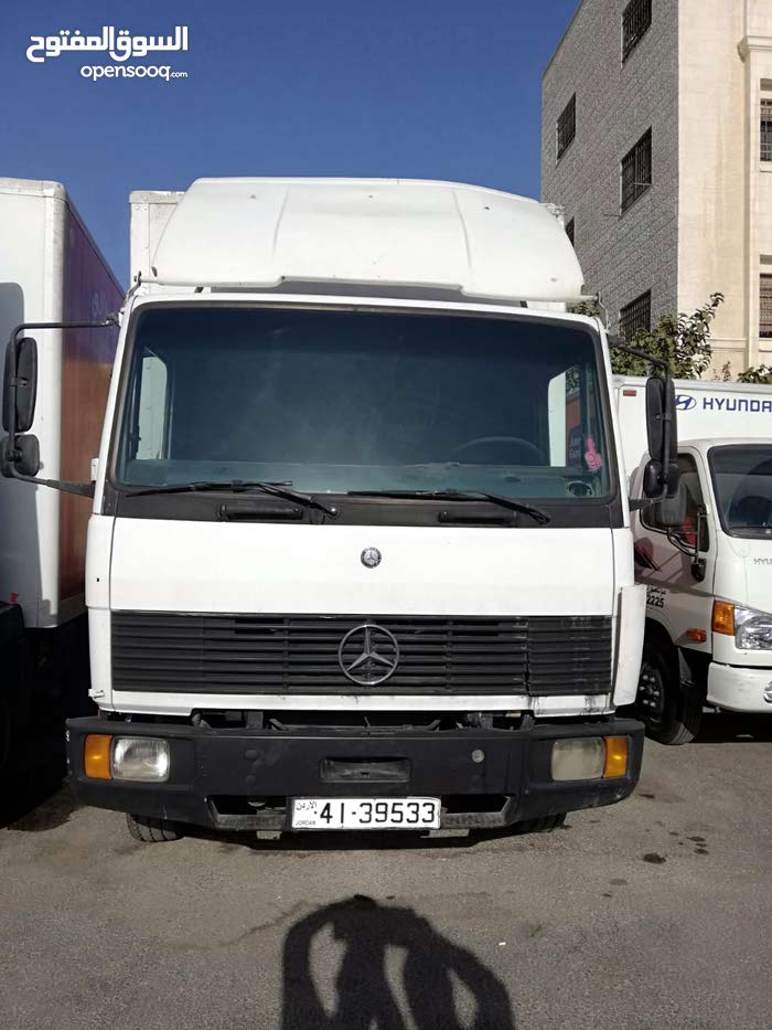 مركبة مرسيدس 814 شحن للبيع