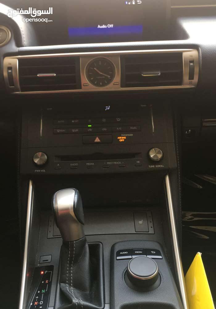 Grey Lexus IS 2015 for sale