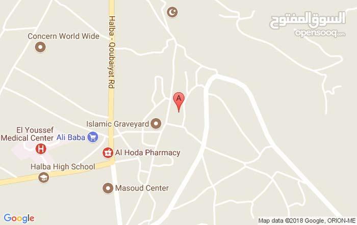 شقة 171م للبيع في منطقة حلبا - عكار للبيع مطلة على الطريق العام