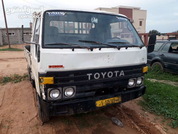 1989 Used Sera with Manual transmission is available for sale