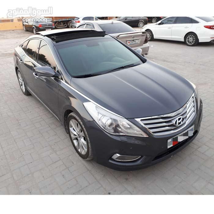 للبيع او للبدل هونداي ازيرا 2012 وكالة البحرين فول اوبشن رقم واحد