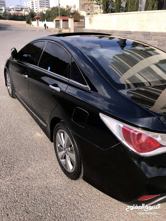 Hyundai Sonata 2012 For sale - Black color