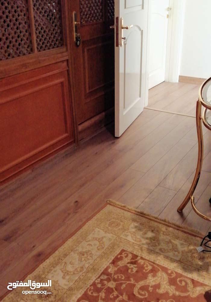 ارضيات خشبية سجاد فينايل باسعار جيدة