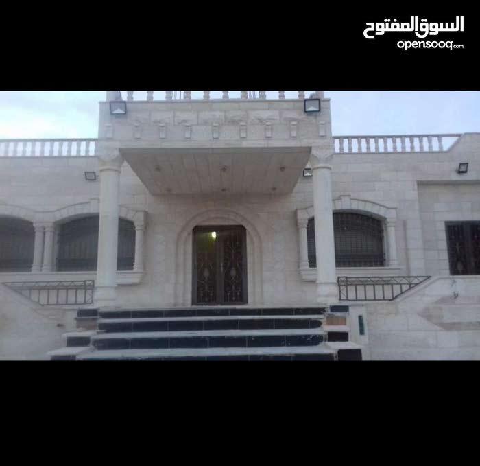 250 sqm  Villa for sale in Amman