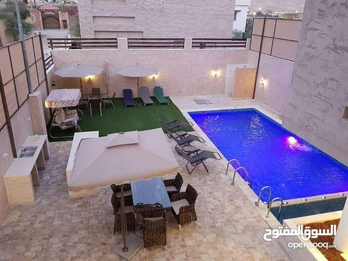 شاليه مميز لإيجار في منطقه الجوفه البحر الميت