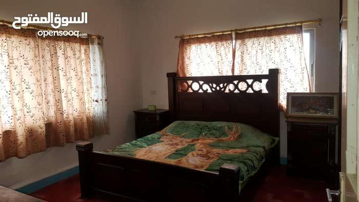 شقة مفروشة 120م للايجار - جبل الحسين