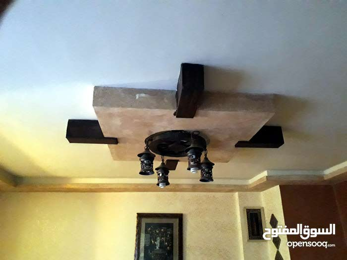 5 rooms  apartment for sale in Irbid city Behind Safeway