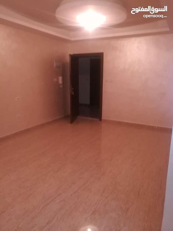 شقة جديد لم تسكن لإيجار فارغ ديرغبار