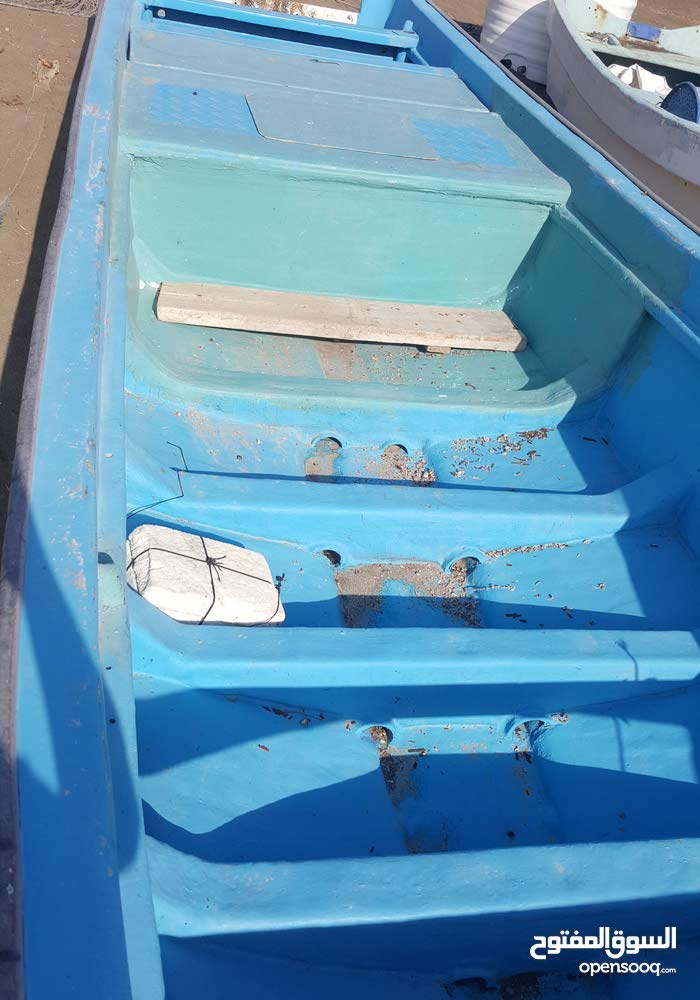 قارب 23 قدم للبيع