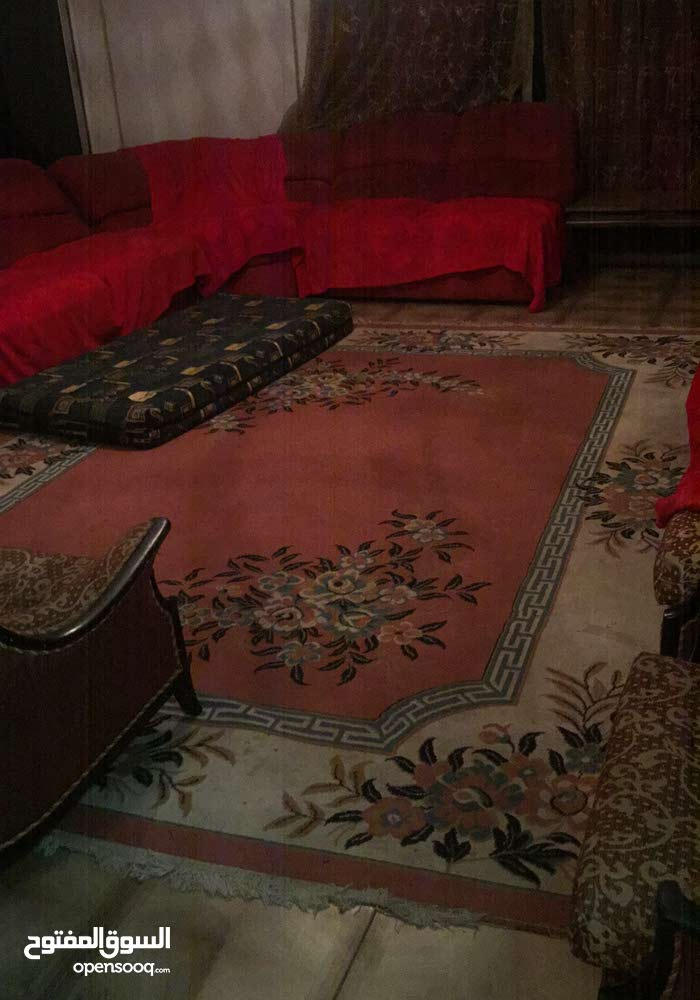 Amman –Used Carpets - Flooring - Carpeting available for immediate sale