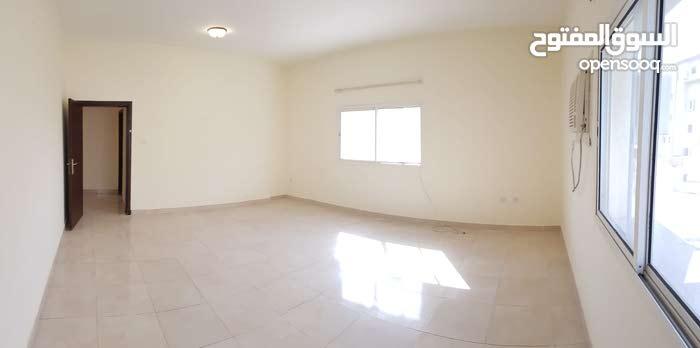 للايجار بالوكرة شقة بعمارة 4 غرف كبيرة وصالة وبلكونه للعائلات
