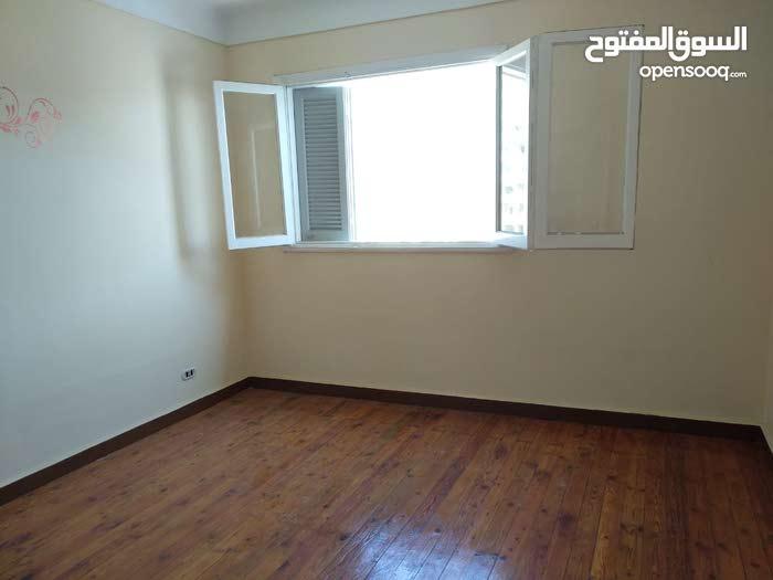 شقة لقطة فرصة ماتتعوضش شقة 110م في فيكتوريا في الاسكندرية