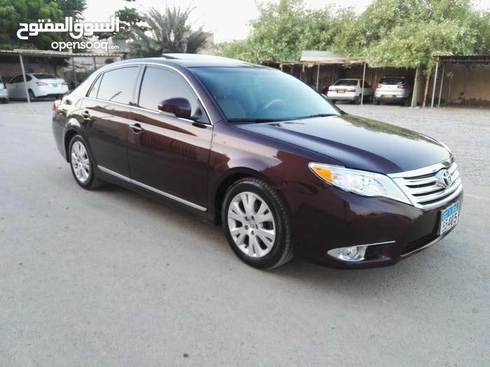 Toyota Avalon car for sale 2011 in Al Khaboura city