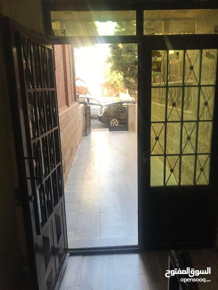 شقة فارغه للايجار /ام السماق الشمالي بالقرب من ستي مول
