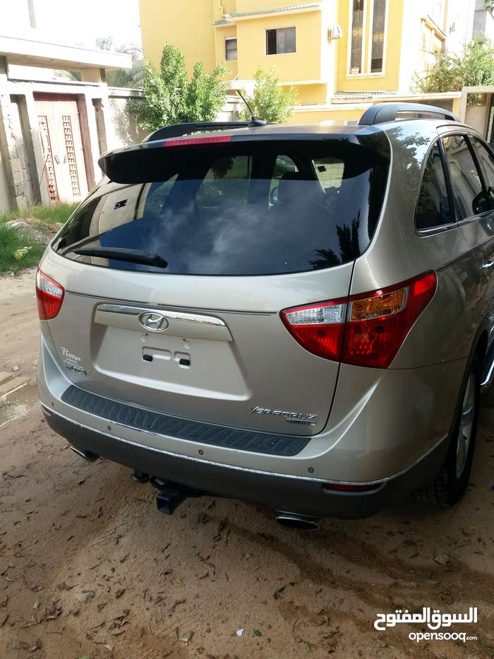 Gold Hyundai Veracruz 2008 for sale