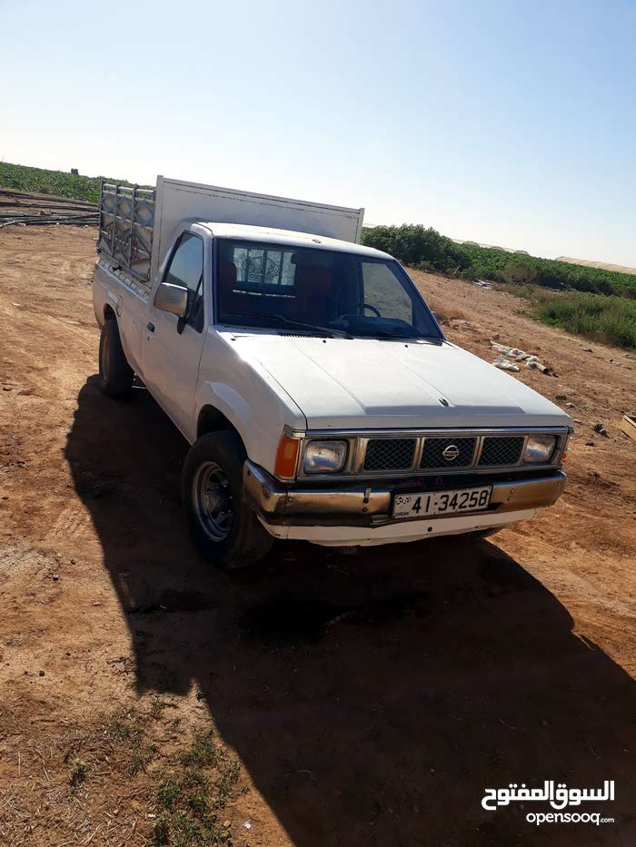 Available for sale! 1 - 9,999 km mileage Nissan Pickup 1986