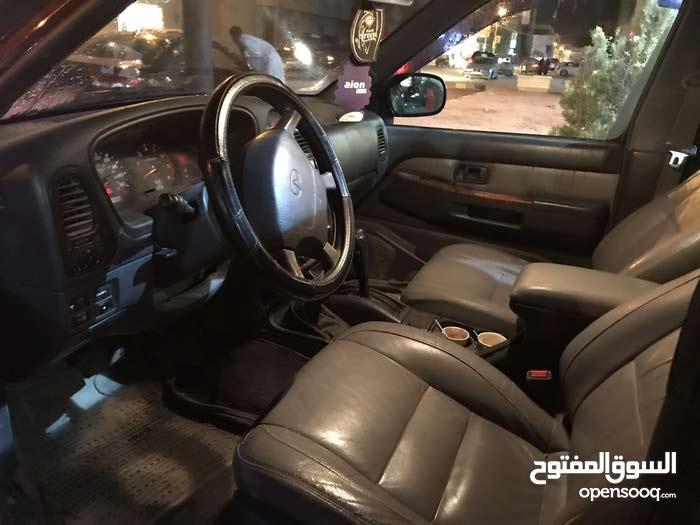 Nissan Pathfinder 2002 For sale - Maroon color