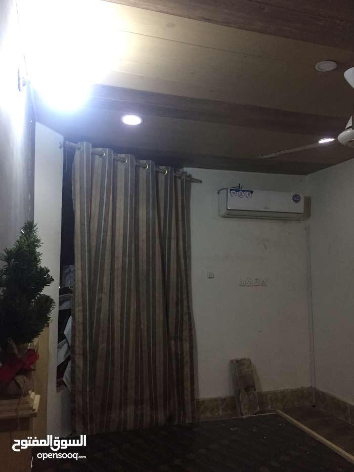 البصره حي المهندسين شارع الزبير قرب البانزين خانه الخليج 0780 139 1616ابوعباس