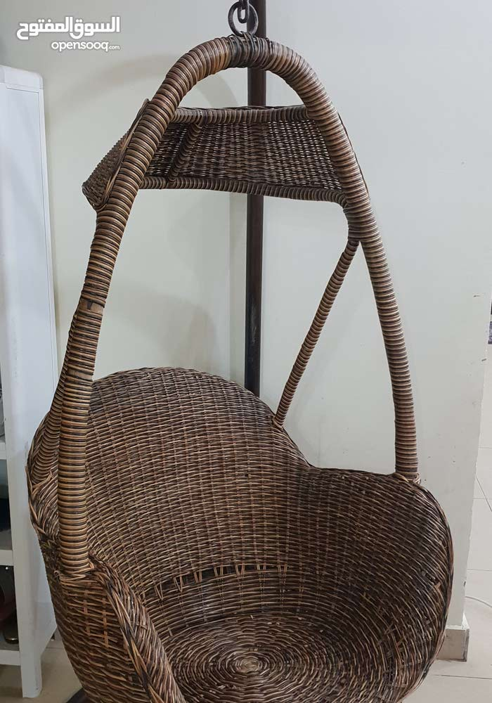 swing chair in good condition. Contact 69695154