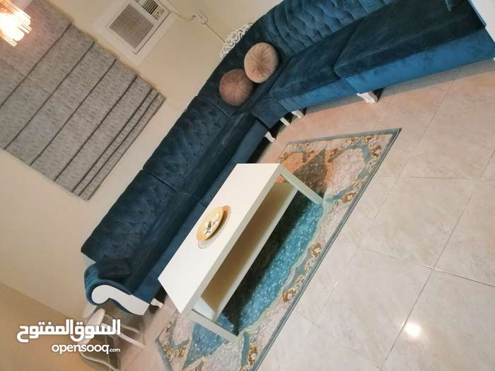 For sale Sofas - Sitting Rooms - Entrances that's condition is Used - Al Riyadh