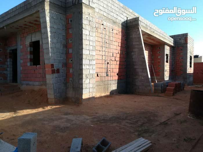 5 rooms  Villa for sale in Tripoli city Ain Zara