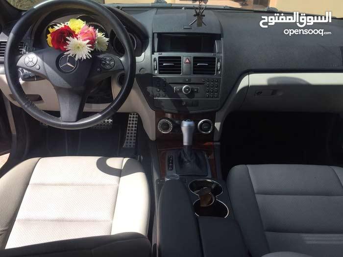 Mercedes Benz C 350 car for sale 2011 in Al Dakhiliya city
