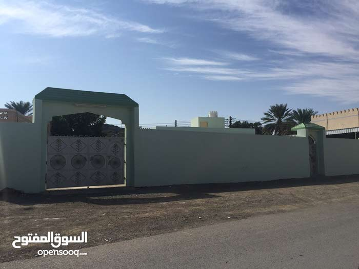 منزل للبيع المعمورة بجانب مسجد المعمورة