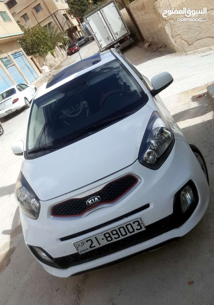 Manual Kia 2015 for sale - Used - Zarqa city