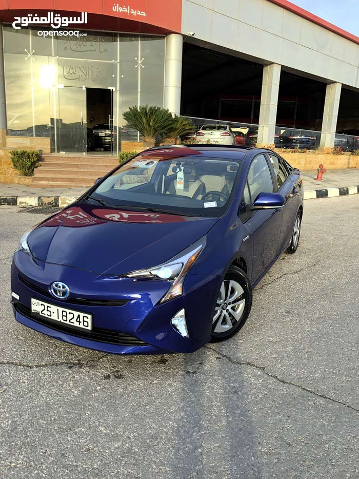 Used condition Toyota Prius 2016 with  km mileage