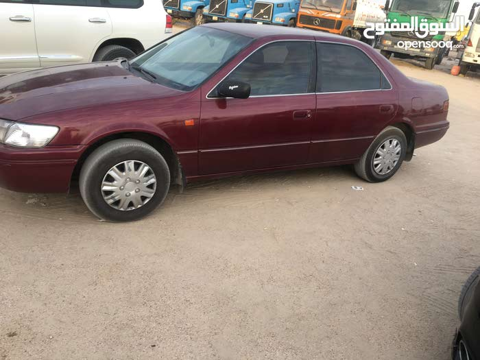 Toyota Camry 1998 For sale - Maroon color